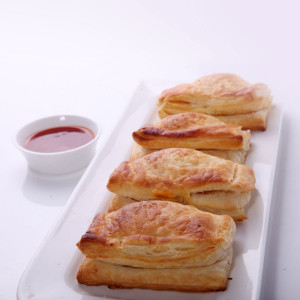 Puffs-(Chicken-&-Mutton)